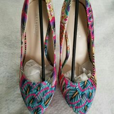 """Selling this 6"""" pumps fresh out the box. on Poshmark! My username is: myahbh40. #shopmycloset #poshmark #fashion #shopping #style #forsale #Shoe Dazzle #Shoes"""