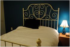 paint my bedframe gold?!