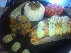 saumon tandoori et cilantro avocado sauce