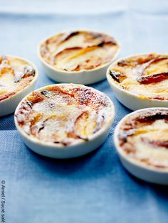Petits clafoutis aux brugnons, recette clafoutis aux brugnons, recette brugnon, brugnon recette, brugnon dessert , brugnon dessert facile, recette été, brugnon, clafoutis, goûter, dessert facile, clafoutis recette facile, clafoutis recette clafoutis aux brugnon, dessert facile été Desserts Menu, Cakes And More, Tart, Food Porn, Food And Drink, Favorite Recipes, Fruit, Cooking, Ethnic Recipes