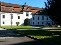 JKU im Herbst Johannes Kepler, Student Exchange, Austria, University, Mansions, House Styles, Places, Linz, Autumn