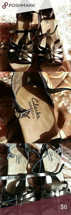 Clarks low heel sandle Clarks low heel sandle Clarks Shoes Sandals