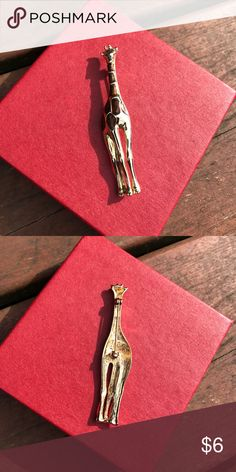 """Giraffe gold plated brown spots pin 3"""" tall x .5"""" wide Jewelry Brooches"""