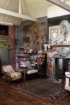Charleston, Virginia Woolf, Bloomsbury Group - Living Room Design Ideas (houseandgarden.co.uk)