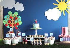 Pauline S's Birthday / Peppa Pig Garden Tea Party - Peppa Pig Inspired Birthday Party at Catch My Party Peppa Pig Y George, George Pig Party, Fiestas Peppa Pig, Cumple Peppa Pig, Pig Birthday, 3rd Birthday Parties, Birthday Ideas, Half Birthday, Peppa Pig Party Supplies