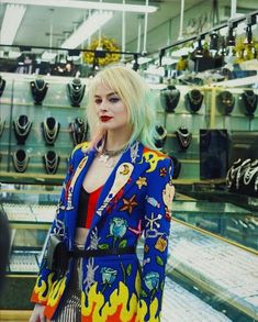 the way that i can't stop thinking about this Harley Quinn. Arlequina Margot Robbie, Margot Robbie Harley Quinn, Joker Und Harley Quinn, Harley Quinn Cosplay, Harley Costume, Harely Quinn, Birds Of Prey, Looks Vintage, Gotham City
