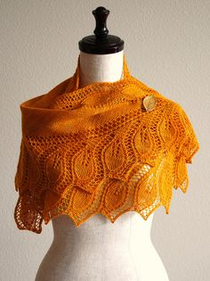 gorgeous color and pattern - sz Autumn Leaves ~ Semele by Åsa Tricosa