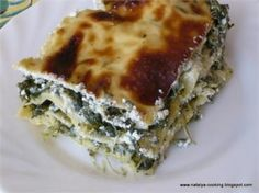 SPINACH AND GOAT'S CHEESE LASAGNA - i added some eggplant to each layer too, which was a delicious addition. I don't even like eggplant much but this helped balance the richness of the goats cheese Nigella Lawson, Vegetarian Recipes, Cooking Recipes, Lasagna Recipes, Cheese Lasagna, Spinach Lasagna, Goat Cheese Recipes, I Love Food, Food To Make