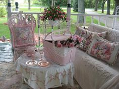 #Shabby #Chic ideas make your house a home - all in pink and white.. http://www.myshabbychicstore.com