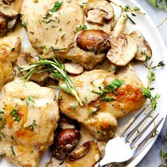 Creamy Garlic Herb Mushroom Chicken is a quick and easy 30 minute meal with amazing restaurant quality taste! The creamy garlic and fresh herb mushroom sauce over this chicken is insanely delicious! I love to cook for my family each night but we are so dang busy! Life isn't ever going to slow down is …