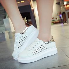 $9.23 (Buy here: https://alitems.com/g/1e8d114494ebda23ff8b16525dc3e8/?i=5&ulp=https%3A%2F%2Fwww.aliexpress.com%2Fitem%2FWomen-Simple-Shoes-Casual-Spring-Autumn-Solid-Lace-up-Pierced-Flats-Round-Toe-Low-Top-Leisure%2F32695253230.html ) Women Simple Shoes Casual Spring/Autumn Solid Lace-up Pierced Flats Round Toe Low Top Leisure Breathable All Match Women Shoes for just $9.23