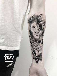 Lion Leg Tattoo, Lion Forearm Tattoos, Lion Head Tattoos, Mens Lion Tattoo, Lion Tattoo Design, Leo Tattoos, Leg Tattoo Men, Animal Tattoos, Tattoo Sleeve Designs