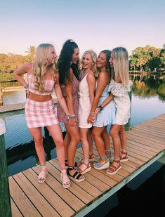 photo ideas bff pictures, best friend photos y Friends Picture Frame, Cute Friend Pictures, Best Friend Pictures, Cute Pictures, Friend Pics, Skinny, Besties, Outdoor Training, Videos Instagram