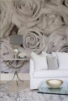 designed residence in the Hamptons gray wall mural - oh, but I love this!gray wall mural - oh, but I love this! Deco Pastel, Wall Design, House Design, Bedroom Decor, Wall Decor, Bedroom Wall, Master Bedroom, Wall Wallpaper, Painting Wallpaper