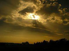 2007 sun #2007 #throwback #sunlight #canonpowershot #lauragais #gold #or #shadows #ombres #midipyrenees