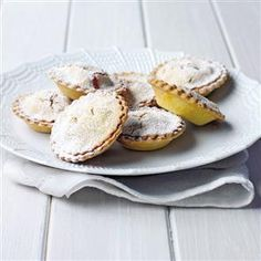 Home-made nut-, gluten- and dairy-free mince pies