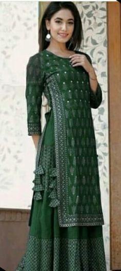 Frock Fashion, Fashion Pants, Latest Punjabi Suits Design, Layered Kurta, Yellow Kurti, Pola Lengan, Frock For Women, Designer Dresses, Designer Kurtis