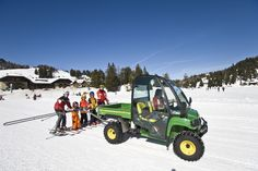 Ski lift Ski Lift, Winter Holidays, Wonderful Places, Skiing, Monster Trucks, Villa, Mountains, Travel, Ski