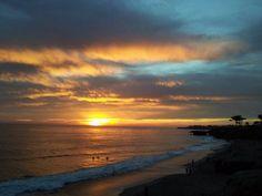 love the Santa Cruz sunsets. California Beach, Sunsets, Real Estate, Ocean, Celestial, Lifestyle, Outdoor, Santa Cruz, Outdoors