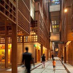 Foster + Partners have completed a new shopping centre that combines high-end boutiques with independent local food and craft markets on the site of a historic city marketplace in Abu Dhabi.