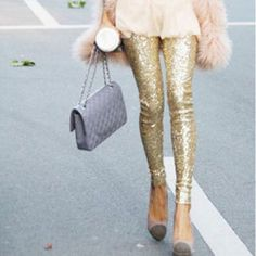 These gorgeous Gold Glitter Sequin Leggings will add a chic look to any outfit! Pair it with our Cozy Me Top for the perfect look! - Prepare To Fall In Love! Glam Style, Style Me, Estilo Fashion, Look Fashion, Womens Fashion, Royal Fashion, Ladies Fashion, Fashion Shoes, Girl Fashion