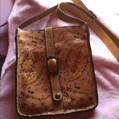 Patricia Nash cross body light brown, real leather, and roomie. long lasting purse. barely used Patricia Nash Bags Crossbody Bags