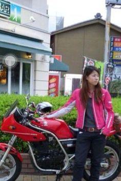 こんばんは。今日は何だか風邪っぽい伊達です。。゜(`Д´)゜。 今日はつぶやきます。(ネタ切れです笑)突然ですが、皆さんはどんなバイクに乗っていますか? 私はDUCATIのモンスターに乗っています。その前は写真のYAMAHA...