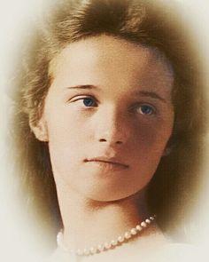 Olga Romanov, Romanov Sisters, Grand Duchess Olga, Alexandra Feodorovna, Russian Literature, Imperial Russia, Vintage Photos, Royalty, Beauty