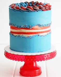 July 4th striped fault buttercream cake