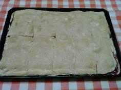 Retete cu margareta cismasiu: Langos cu prune Cheese, Food, Pie, Essen, Meals, Yemek, Eten