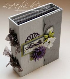 Diy Mini Album, Mini Album Tutorial, Handmade Scrapbook, Scrapbook Paper Crafts, Album Scrap Boda, Scrapbooking Mini Album, Mini Albums Photo, Tutorial Scrapbook, Homemade Books