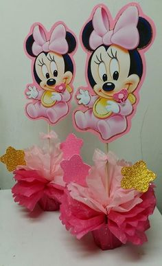 Picture                                                                                                                                                     Más Mini Mouse 1st Birthday, Minnie Birthday, Mickey Mouse Baby Shower, Baby Mouse, Baby Shower Themes, Baby Shower Decorations, Minnie Mouse Party Decorations, Baby Disney, Milani