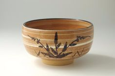 Made in Japan Matcha Bowl, Karatsu Hakeme Ashie Matchawan. Beautiful white brushes are made in and outside of the bowl.