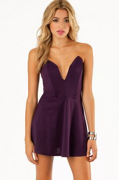 Deep in Love Sweetheart Dress $39 at www.tobi.com   Love the dip but might not be able to pull it off.