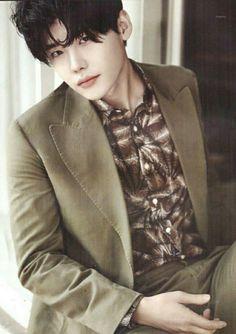 Lee Jong Suk for L'OFFICIEL HOMMES (9)