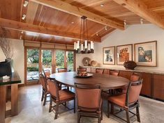Huge space. Dining room with built in buffet. Large enough for nice-sized parties.