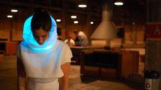 SENSOREE  Мода будущего. Меняет подсветку в зависимости от настроения.