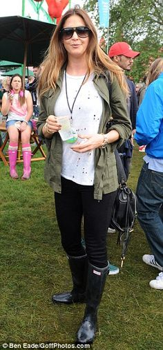 Lisa Snowdon rocking a fab festival look in Hunter Original Tall Boots http://www.countryattire.com/hunter-original-wellington-boots-black.html