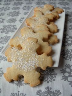 A panda in the kitchen: Small Christmas cookies n ° Christmas shortbread with . Vegan Thermomix, Thermomix Desserts, Xmas Desserts, Vegan Desserts, Xmas Food, Christmas Cooking, Cinnamon Tea Cake, Cookie Recipes, Dessert Recipes