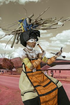 From Christopher Moller Gallery, Tony Gum, Xhosa woman - Umfazi C-type print on fuji crystal archival print, dibond mounted Ed 146 × 97 cm Africa Tribes, Contemporary African Art, South African Artists, African Beauty, African Fashion, African Women, Afro Art, Black Artists, African American Art
