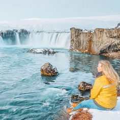"Visiting Iceland wand wondering how you can get silky waterfall photos⁉️ SWIPE to see my Goðafoss photo on my FIRST trip to Iceland, compared to living in Iceland and being able to practice getting that silky look maaaany times. . Can I make a confession? I didn't even LIKE the silky waterfall look at first. I was like ""that is NOT how the waterfall looks in real life!"" But after seeing all the pros posting ONLY silky pics I started to come around to it. And now, I am OBSESSED! I love ..."