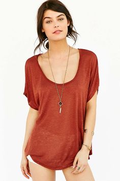 Mouchette Maddox Tee - Urban Outfitters