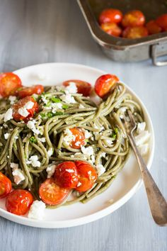 Garlic Spaghetti with Roasted Tomatoes