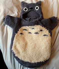 Free knitting pattern - Totoro Sleeping Bag pattern by Lii Solanas