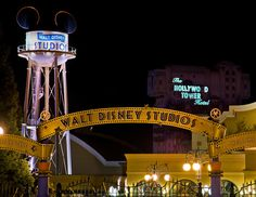 Disneyland Paris Trip Planning Guide - Disney Tourist Blog http://www.disneytouristblog.com/disneyland-paris-trip-planning/