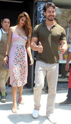 Bollywood Couples, Bollywood Girls, Bollywood Actors, Bollywood Celebrities, Bollywood Fashion, Beautiful Indian Actress, Beautiful Actresses, Disha Patni, Tiger Shroff
