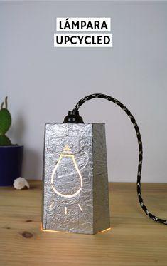 Lámpara de cartón y plástico reciclada | 2nd Funniest Thing Bookends, Home Decor, Shape, Upcycling, Tutorials, Life, Decoration Home, Room Decor, Home Interior Design