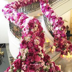 Wow! Wedding stairca