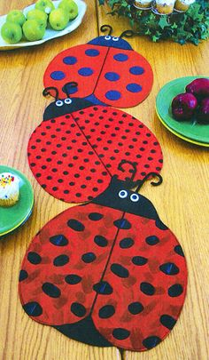 Placemat Pattern - The Ladies (Lady Bugs)