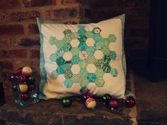 snowflake pillow by ImAGingerMonkey, via Flickr    Tutorial for making it at http://www.imagingermonkey.blogspot.com/2012/11/sizzix-quilting-blog-hop.html